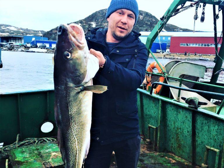 Рыбалка в Баренцевом море для гостей отеля CedarGrass Териберка